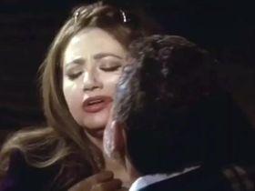 Layla Elwi секси - I love Cinema (2004)