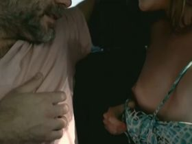 Лума Ле Рой голая, Катарина Ассиоли секси - Uma Dose Violenta de Qualquer Coisa (2013)