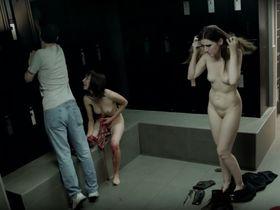Изабель Стивен голая, Милен Терио голая - Bonne Personne (2016) #14
