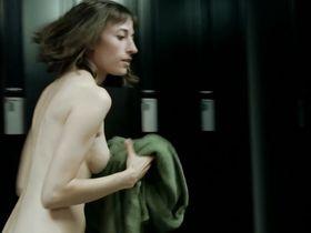 Изабель Стивен голая, Милен Терио голая - Bonne Personne (2016) #3