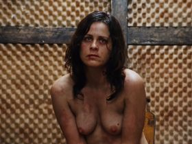 Николь Леруа голая, Кристина Розато голая - Территории (2010) #12