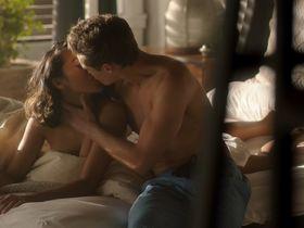 Сидни Парк секси,  Эшли Мелисса Райт секси - Милые обманщицы: Перфекционистки s01e01 (2019) #6