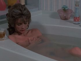 Корнелия Шарп голая, Марго Киддер голая - Реинкарнация Питера Прауда (1975)