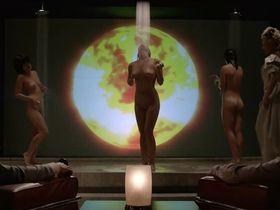 Катрина Балф секси, Кэйтлин О'Коннор голая, Ацука Окацука голая - The Wolf (2012)