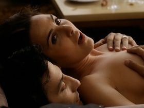 Хульета Диас секси, Карла Петерсон секси - 2+2 (2012) #17