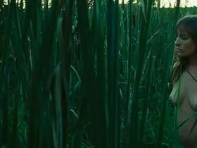 Паскаль Бюссьер голая, Валери Блэйн голая - Болота (2011) #4
