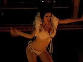 Трэйси Бамбак секси, Nazanine Mousavi секси - Layla Live or Die (2008) #16