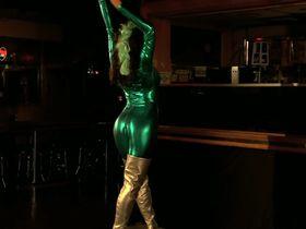 Трэйси Бамбак секси, Nazanine Mousavi секси - Layla Live or Die (2008) #5