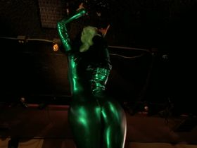 Трэйси Бамбак секси, Nazanine Mousavi секси - Layla Live or Die (2008) #6