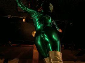 Трэйси Бамбак секси, Nazanine Mousavi секси - Layla Live or Die (2008) #7