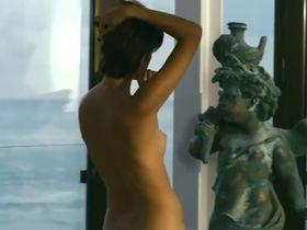 Макарена Гомес голая, Мариам Эрнандес голая - Летняя сторона (2012) #2