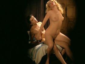 Марина Хедман голая, Хелен Ширли голая, Селена Маркиз голая - Бисексуальная шведка нуждается в оплодотворении (1982) #27