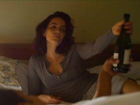 Таина Мюллер голая, Камила Моргадо секси - Доброе утро, Вероника s01e01-08 (2020) #6