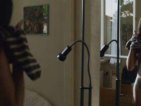 Джордан Кристин Симон секси, Беатрис Баричелла секси, Франческа Скорсезе секси - Мы те, кто мы есть s01e02 (2020) #20