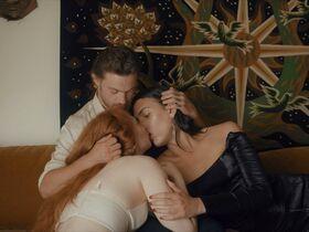 Энн Лизе Маулин секси, Raya Martigny секси - Grand Amour (2020) #9