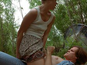 Кейт Вернон голая, Криста Бриджес секси - Кровные узы (1995) #17