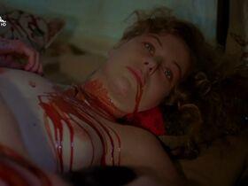 Дженили Харрисон голая, Дженнифер Штейн голая - Проклятие 3: Кровавое жертвоприношение (1991) #9
