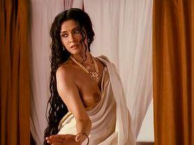 Нандана Сен голая - Цвета страсти (2008)
