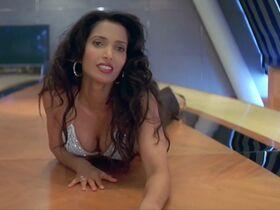 Катрина Каиф секси, Мадху Сапре секси - Бум (2003)