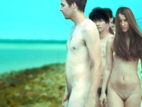 Tanya Wedel голая, Leni Speidel голая - Voyage (2013) #11