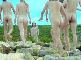Tanya Wedel голая, Leni Speidel голая - Voyage (2013) #4