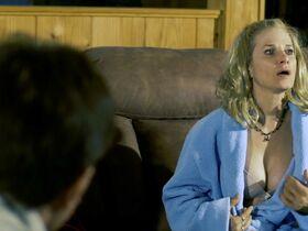 Анджела Барахас голая, Хелен Уди секси - Зло у меня под кожей (2019) #16
