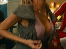 Шарлотта МакКинни голая, Эмма Белл секси - Аргумент (2020) #8