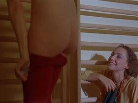 Джилл Клейбёрг голая - Луна (1979) #5