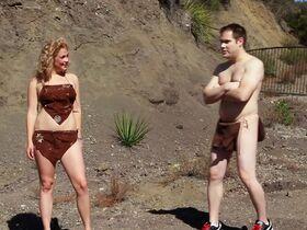 Мадлен Мерритт голая, Кэролайн Д'Амор секси, Келли Донохью секси - Американские идиоты (2013) #12