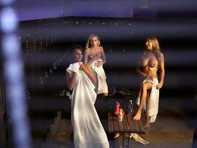 Мадлен Мерритт голая, Кэролайн Д'Амор секси, Келли Донохью секси - Американские идиоты (2013) #2