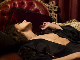 Эрендира Ибарра голая, Daina Soledad Liparoti секси - Черное пламя (2020) #9