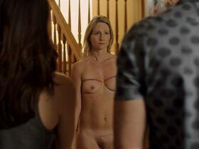 Келси Линн Стоукс голая, Кристина Старбак голая - Безумные женщины (2015) #26