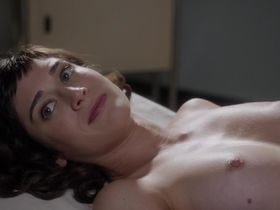 Лиззи Каплан голая - Мастера секса s01e09 (2013)