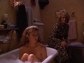 Миа Сара голая — Обезумевший (1995)