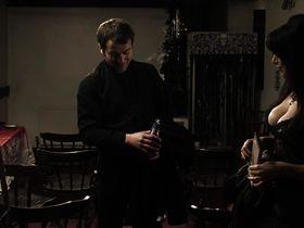 Эмили Бут голая — Преподобный (2011) #3