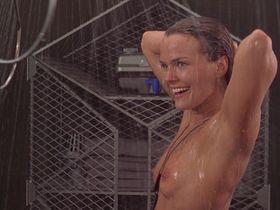 Дина Мейер голая — Звездный десант (1997) #1