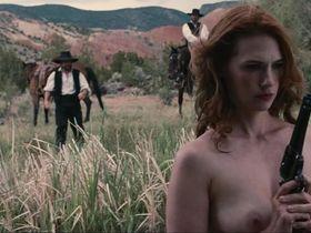 Дженьюэри Джонс голая — Пресная вода (2013) #3