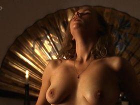 Вероника Феррес голая - Eine ungehorsame Frau (1997) #1