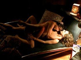Катрин Штрибек голая — Головой о стену (2004) #3