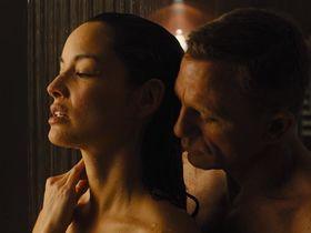 Беренис Марло секси — 007: Координаты «Скайфолл» (2012) #3