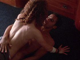 Николь Кидман голая — Мёртвый штиль (1989) #2