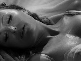 Малин Акерман секси — Отель «Нуар» (2012) #2