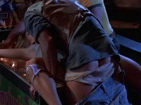 Джоди Фостер голая — Обвиняемые (1988) #2