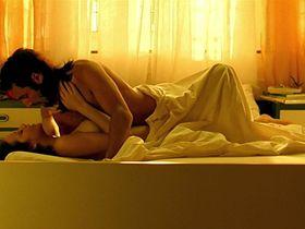 Марион Котийяр голая - Влюбись в меня, если осмелишься (2003) #2